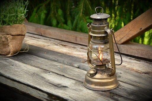 Oświetlenie ogrodu. Na co warto zwrócić uwagę?